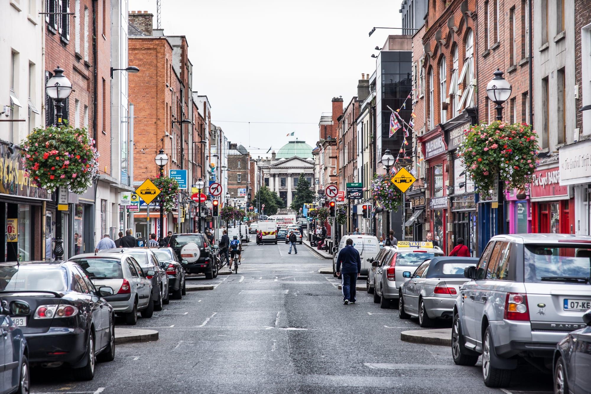 Flower Baskets Dublin : We are dublin town